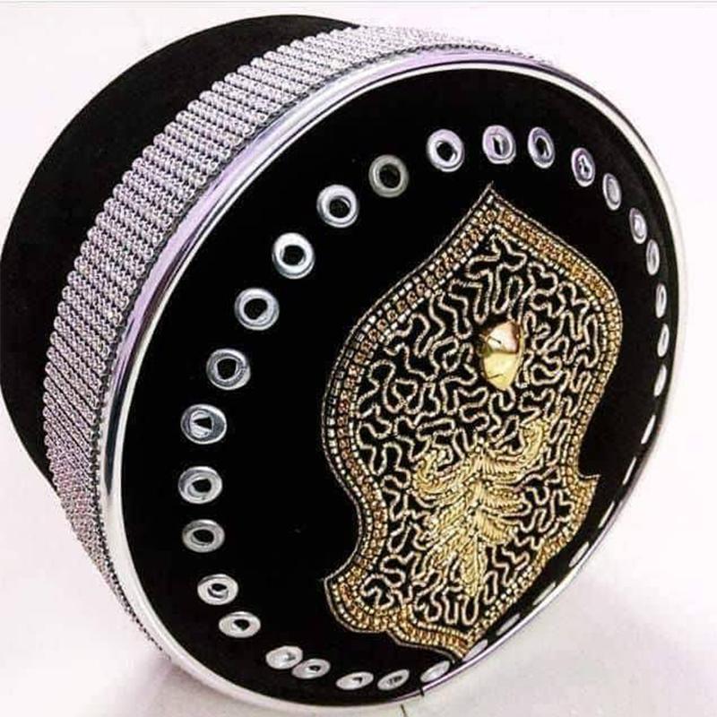 shabbir-barkati-silver-naalein-topi
