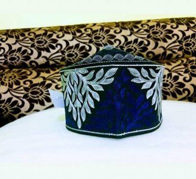 barkati blue white topi
