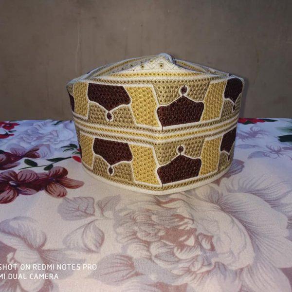 Barkati Topi Multi Color Cream