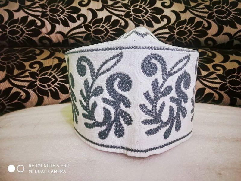 Barkati Topi Light Grey New Flower Design