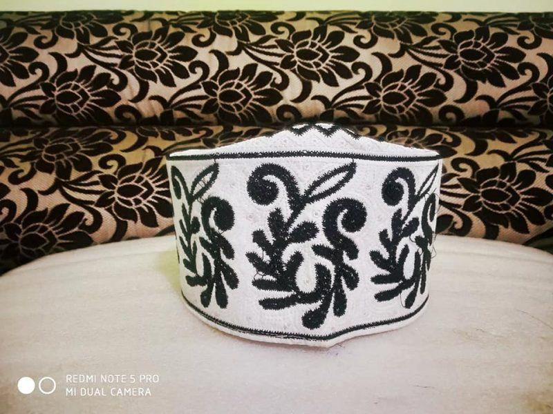 Barkati Topi White Black New Flower Design-1
