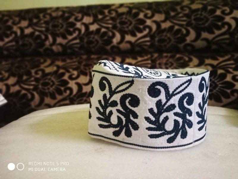 Barkati Topi White Pestal Green New Flower Design