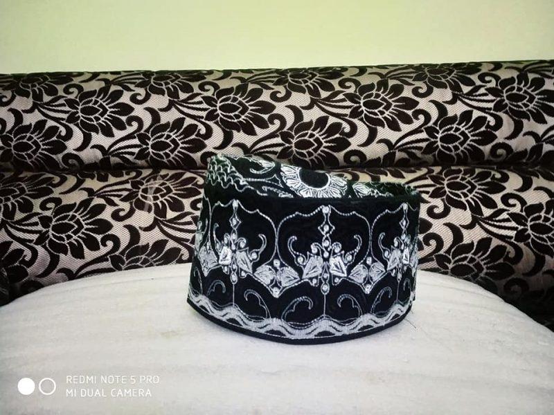 Barkati Topi With Black White Model-7