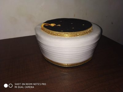 Saqibi topi Black Golden