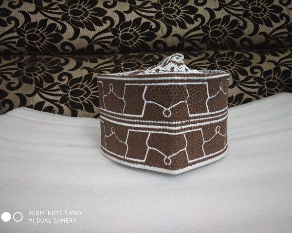 Barkati Topi Brown Taaj Design